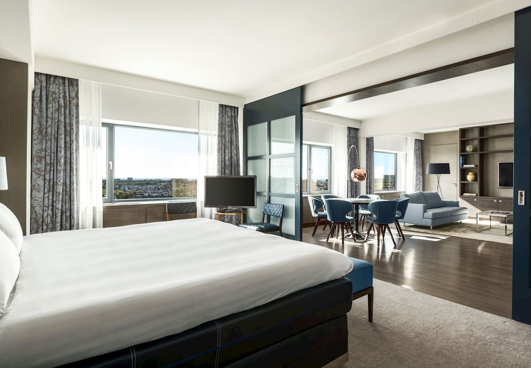Ruimtelijke suite voorzien van aparte leefruimtes